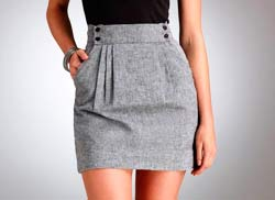 женская мини юбка
